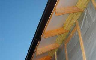 Подшивка карнизов крыши своими руками, что выбрать: софит или вагонку, фотографии и видео