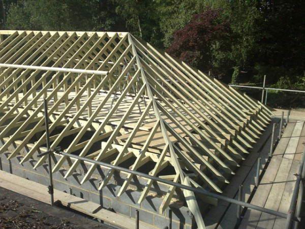 Стропила вальмовой крыши