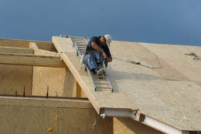 Возведение мансардной крыши