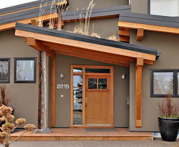 навес над крыльцом деревянного дома