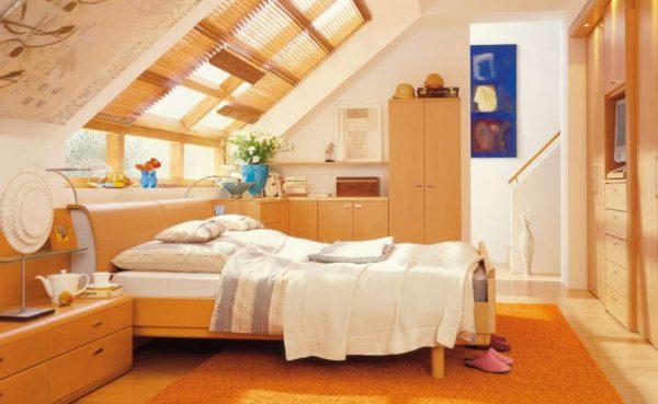 Гостевая спальня на мансардном этаже