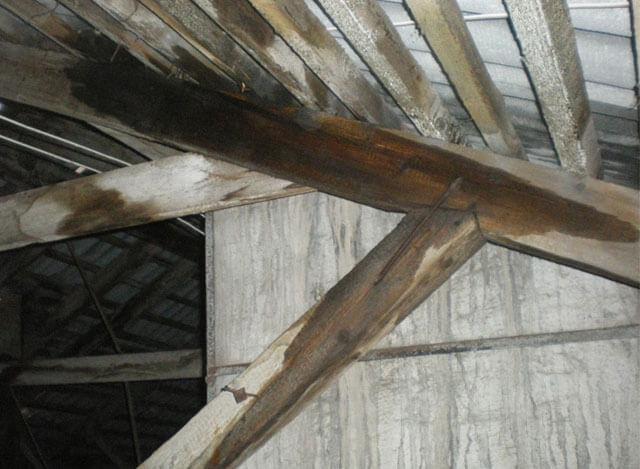 отремонтировать крышу дома