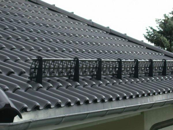 Решетчатый снегобарьер для крыши
