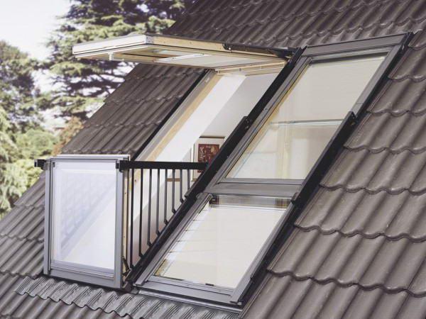 Мансардное окно с выдвижным балконом