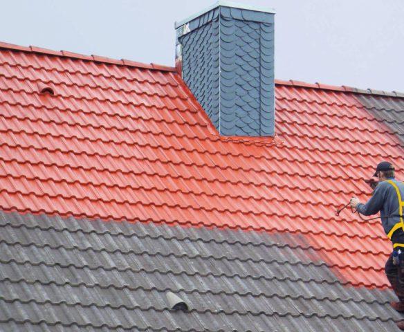 Реставрация крыши с помощью окрашивания