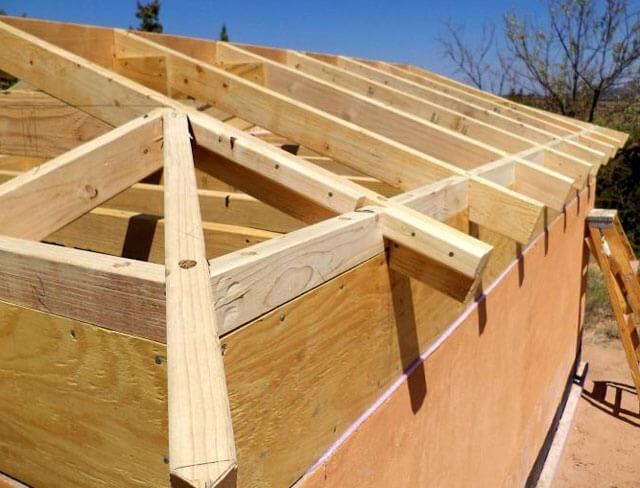 как посчитать площадь четырехскатной крыши