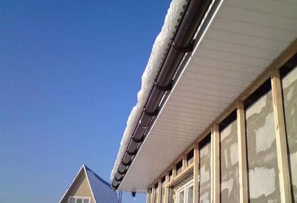 устройство свесов крыши