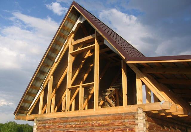 фронтон двухскатной крыши