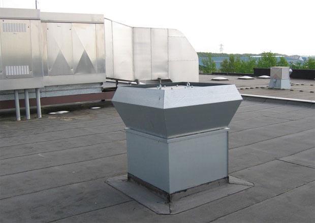 установка крышных вентиляторов