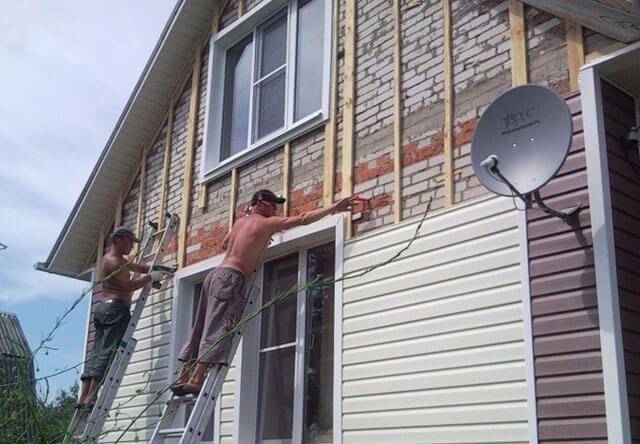 как закрыть фронтон крыши сайдингом