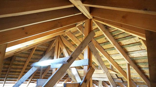 как рассчитать квадратуру четырехскатной крыши