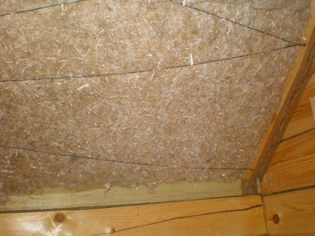 как изнутри утеплить крышу