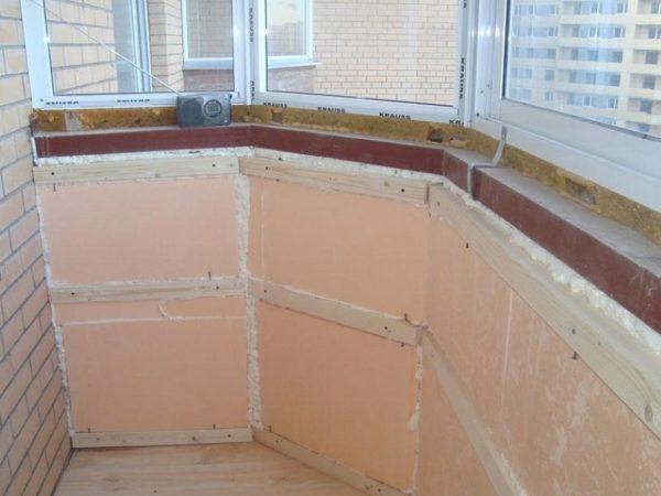 Утепление балкона с помощью ЭПС.